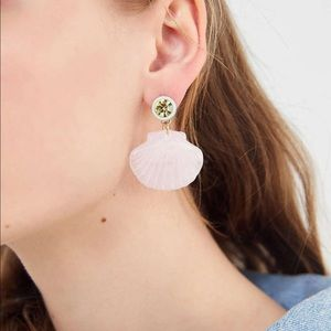 Urban outfitters | daydream shell post earring NWT